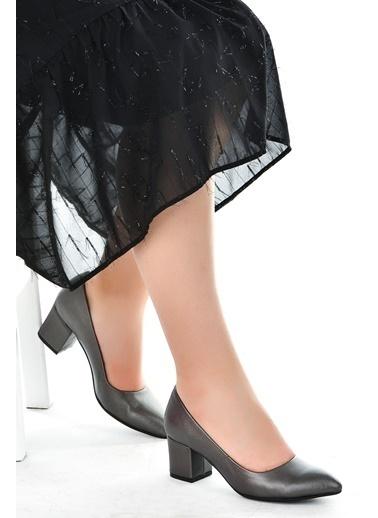 Ayakland Ayakland 1990-2023 Çizgili 5 Cm Topuk Bayan Cilt Ayakkabı Gri